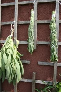 Hang smudge to dry